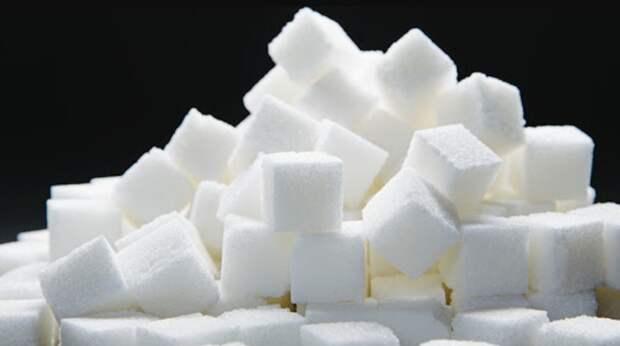 Чрезмерное употребление сахара в детстве влияет на развитие мозга
