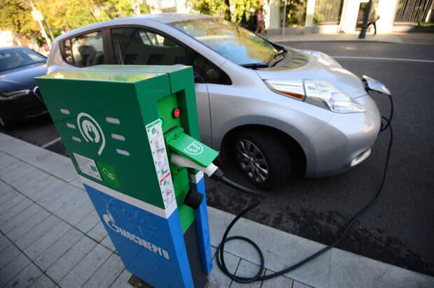 В России могут ввести покилометровую оплату дорог для владельцев электромобилей