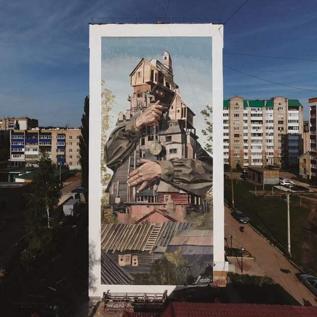 Нижегородский художник получил награду в международном конкурсе за мурал «Объятие»