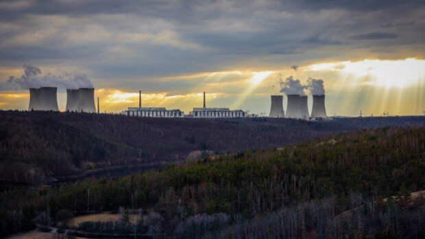 """""""Росатом"""" назвал решение Чехии по АЭС """"Дукованы"""" политически ангажированным"""