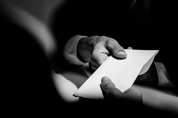 Чиновника из Росреестра арестовали в Бабушкинском суде за получение взятки