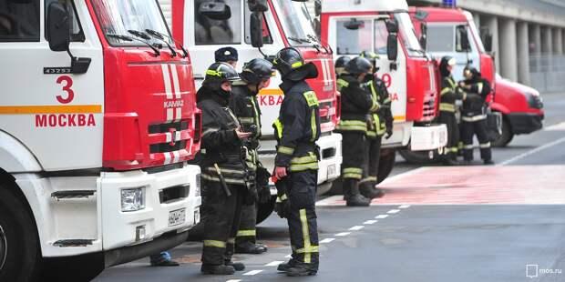 Мусопровод дома на Изумрудной потушили до приезда пожарной бригады
