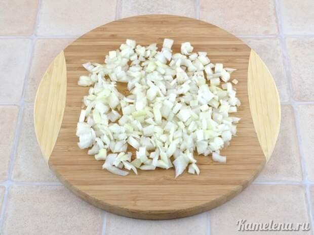Грибной суп с плавленым сыром — 2 шаг