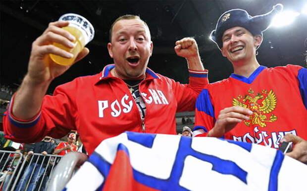 Пить пиво на хоккее можно, на футболе нельзя. Почему?