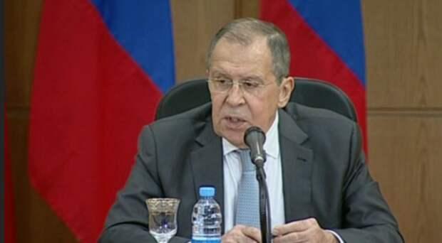 Лавров заявил, что Россия ответно вышлет десять американских дипломатов