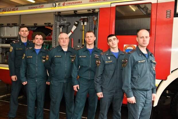 Пожарные поделились подробностями спасательной операции в 3-ем Михалковском