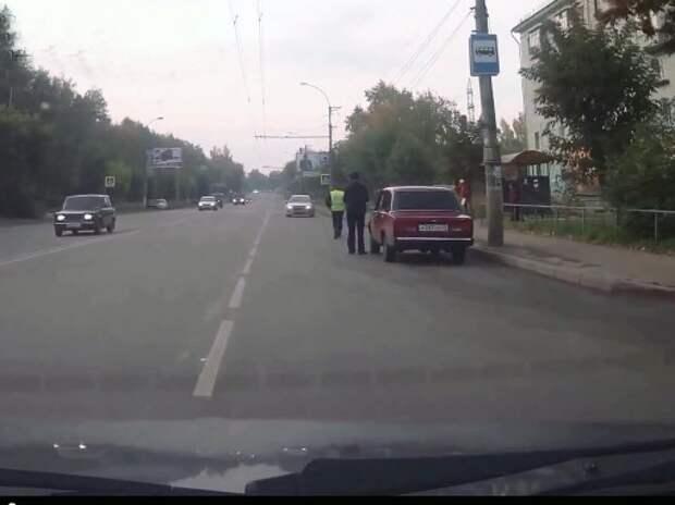 Автовладельца заставили участвовать в задержании пьяного нарушителя (ВИДЕО)