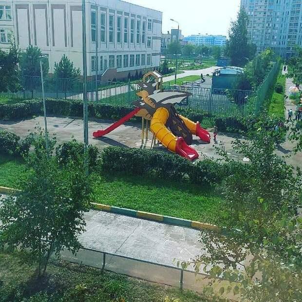 Детскую площадку на Дмитровском откроют к концу сентября