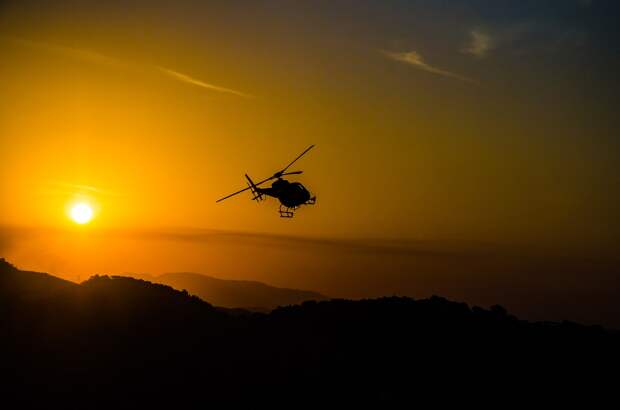 Вертолёт на Камчатке сел в кратер вулкана