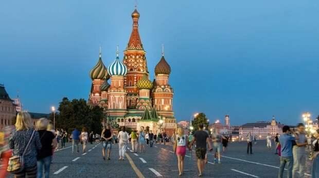 Облачная погода с кратковременными дождями ожидается в Москве 14 июня