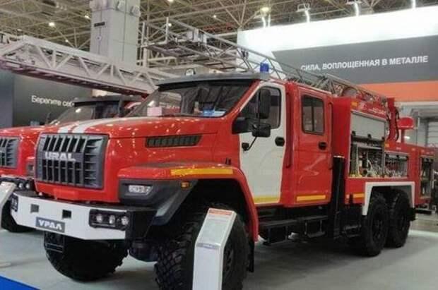 Камчатские пожарные получат автомобиль с международного салона