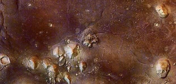 Ученый рассказал, где на Марсе смогут жить люди