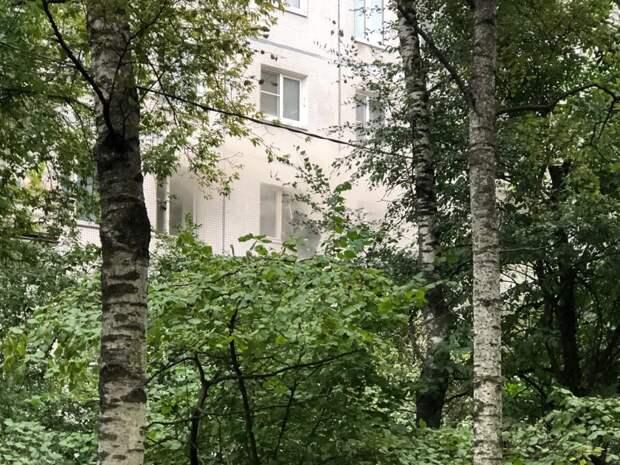 На улице Народного Ополчения загорелась квартира