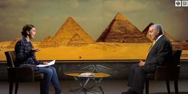 """Человек-легенда Захи Хавасс раскрыл загадку египетских пирамид: """"Не бойтесь, заходите..."""""""
