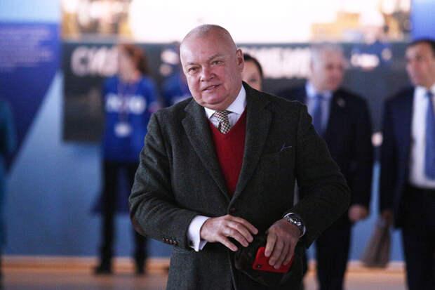 Госпитализированному с COVID-19 телеведущему Киселёву назначили ЛФК