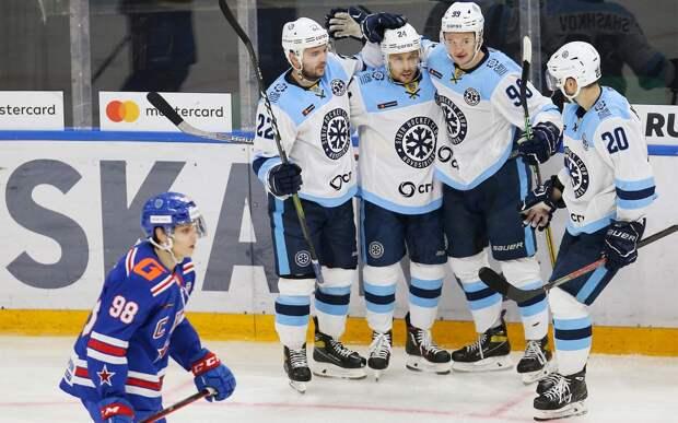 СКА выпустил самую молодую команду в истории КХЛ и проиграл «Сибири»